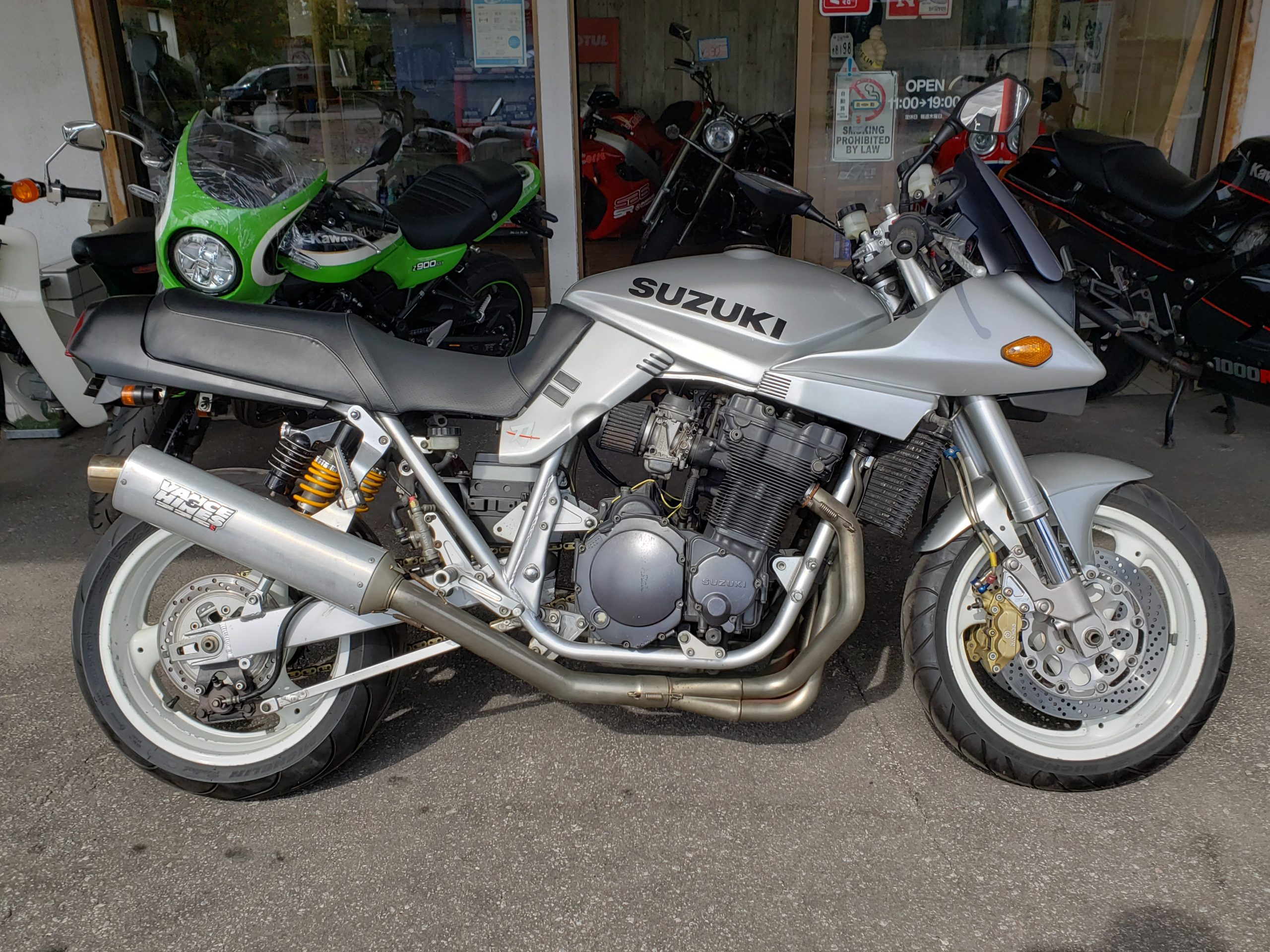 2009004